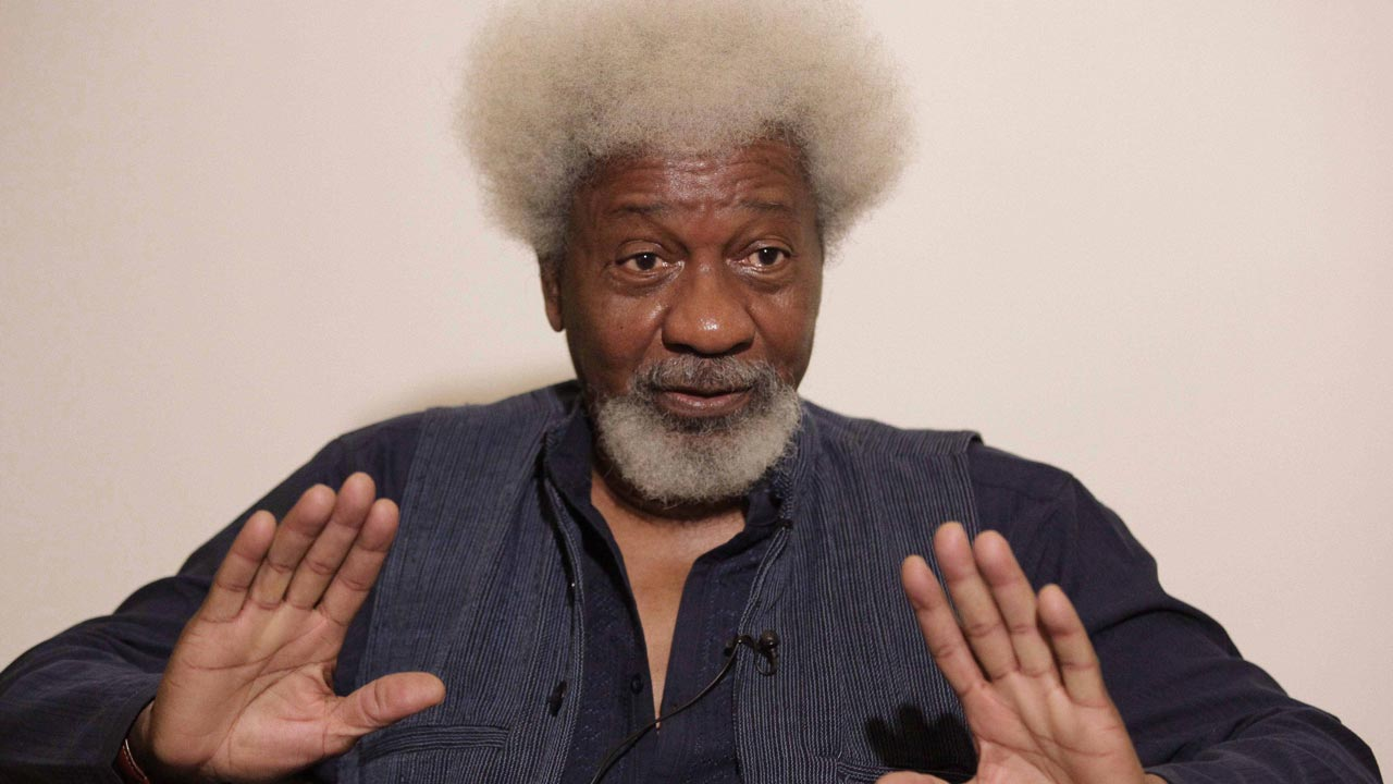 Wole Soyinka warns Buhari's government over Sowore's detention, charges