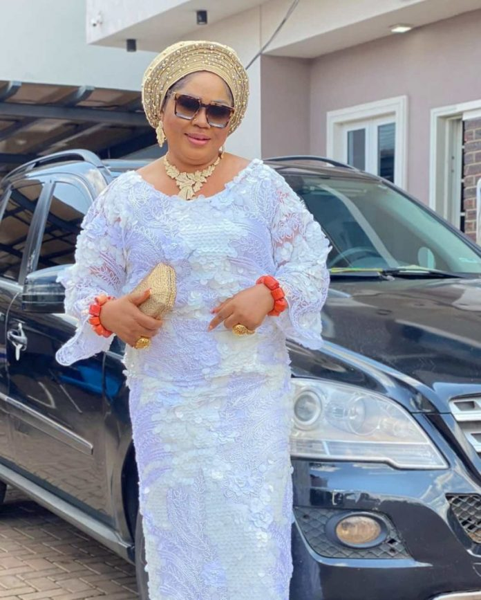 Regina Daniels' Mom, Rita,was Awarded Nollywood Personality Of The Year