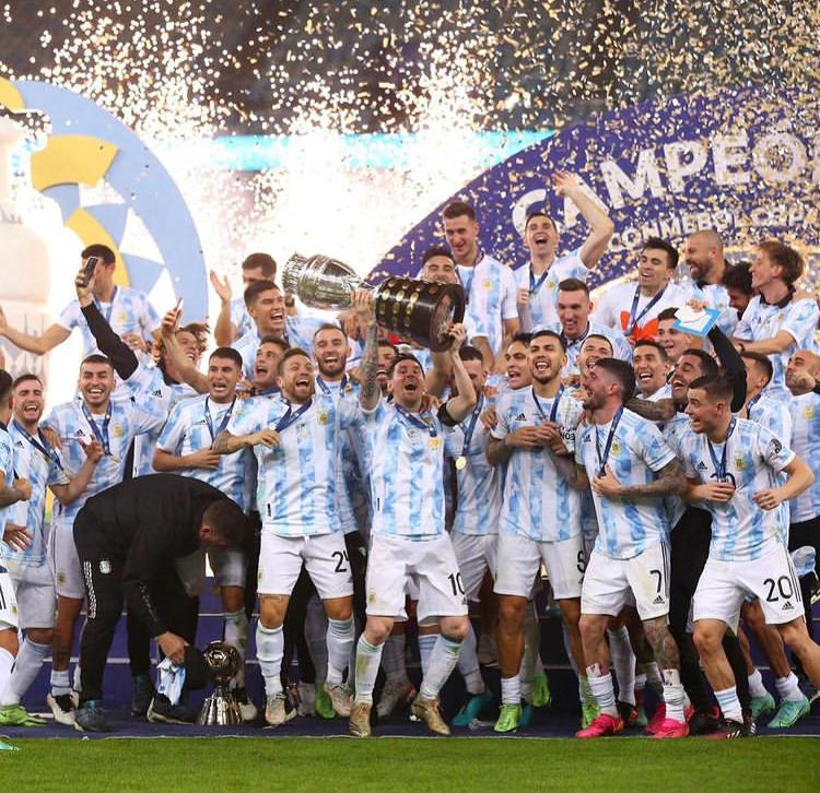 Leo Messi wins First Senior International Trophy with Argentina